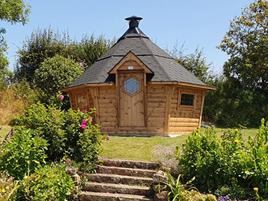 10m<sup>2</sup> BBQ Cabin